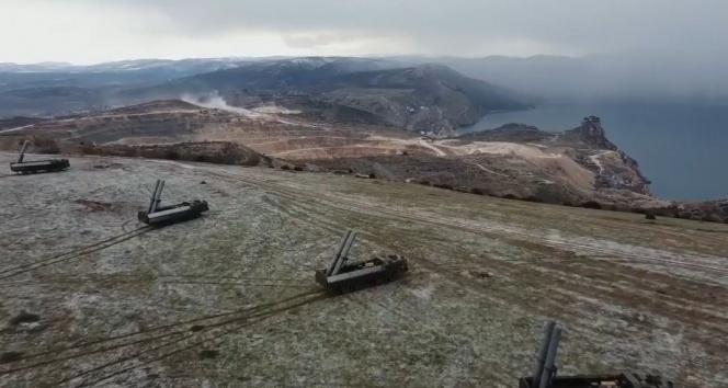 ABD savaş gemisi Karadeniz'de görevine başladı, Rusya Kırım'a süpersonik füzeler yerleştirdi