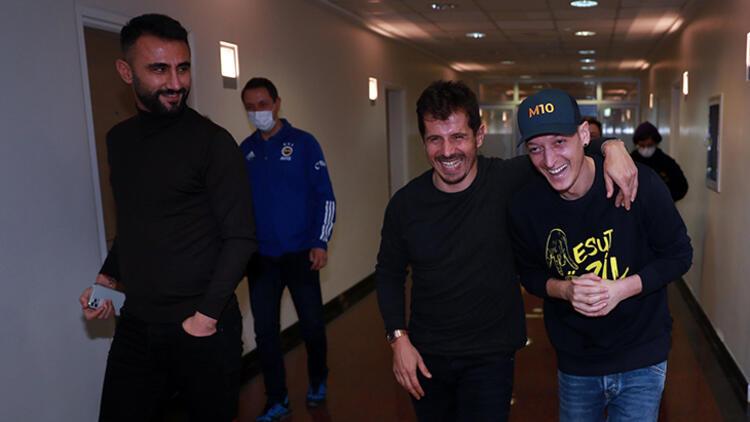 Fenerbahçe'nin yeni transferi Mesut Özil Samandıra'da!