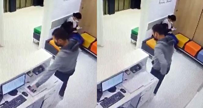 İstanbul'da hastanede kaşla göz arasında hırsızlık kamerada