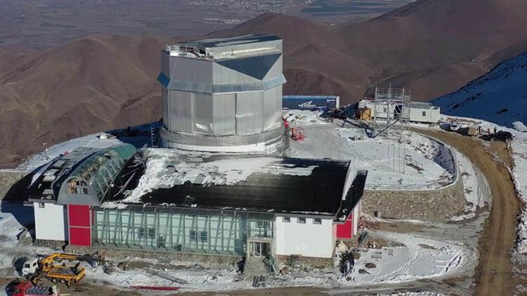 Türkiye'nin en büyük optik ve kızılötesi teleskobu, 2022'de ilk ışığı alacak.