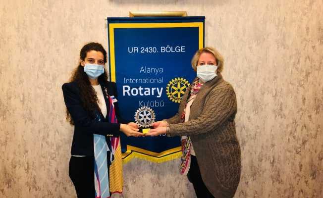Alanya Rotary Kulübü hizmet ödülü sahibini buldu