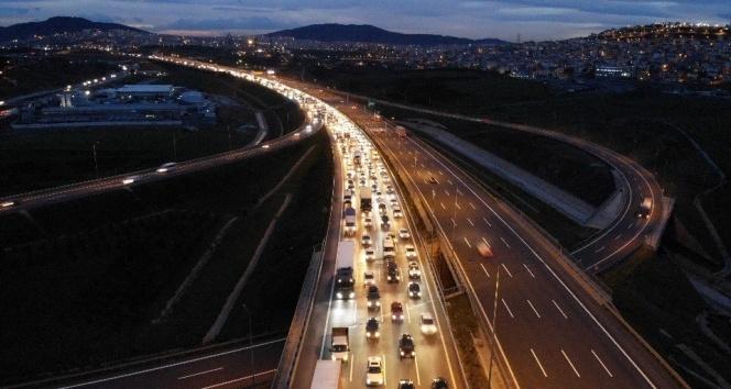 Kuzey Marmara Otoyolu'nda korkutan kaza: 2 yaralı