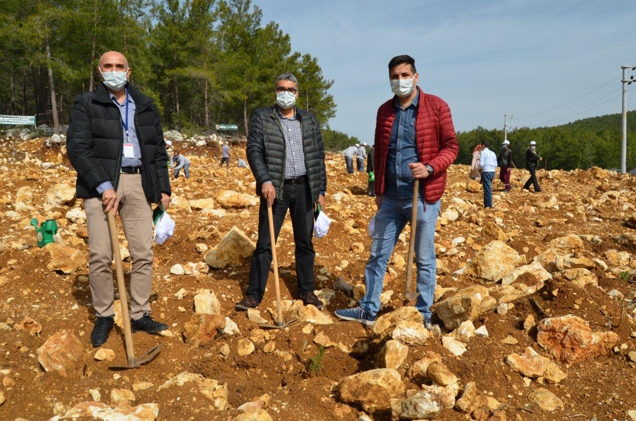 Alanya'da sağlık çalışanları için hatıra ormanı oluşturuldu