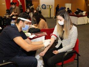 Antalya Büyükşehir Belediyesi 6 bin 350 personelini sağlık taramasından geçirdi