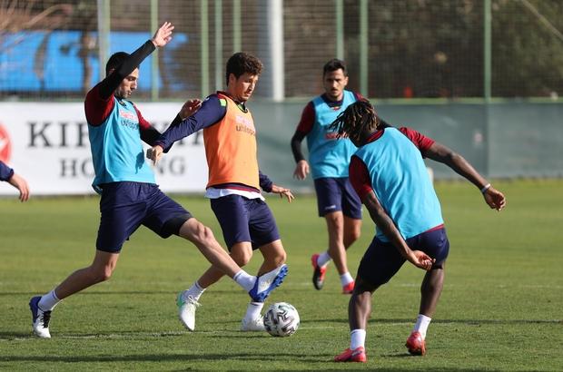 Alanyaspor'da Antalyaspor maçı hazırlıkları başladı