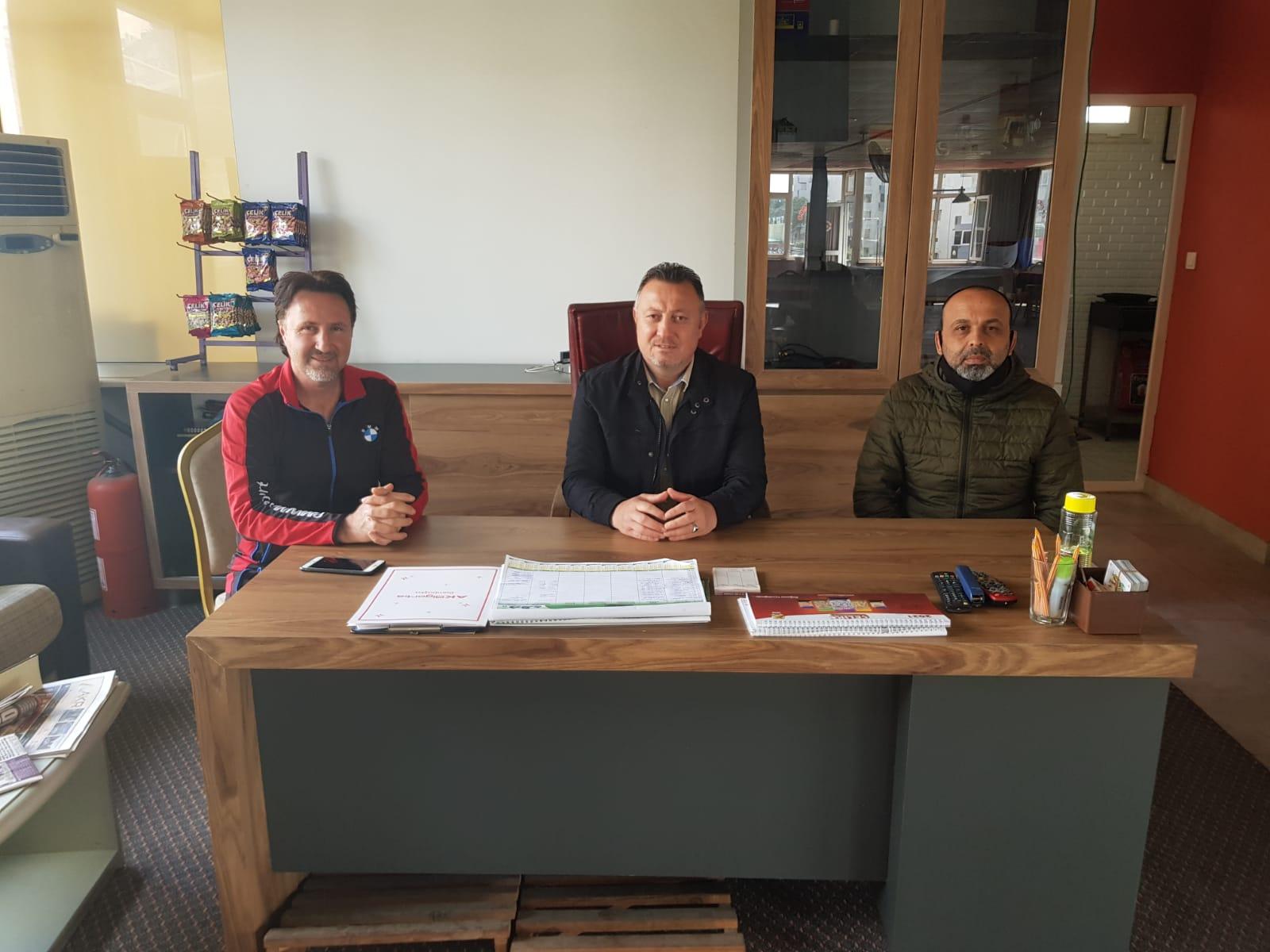Alanya'da ki Halı Saha İşletmecileri işletmelerinin açılması için Cumhurbaşkanı Recep Tayyip Erdoğan'dan yardım istedi
