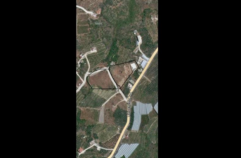 Alanya'da İmar planında okul yeri olarak tahsisi yapılan arsaya villa yapılıyor