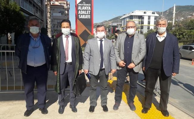 Alanya'da CHP'ye hakaret eden kişi 6 ay hapis cezasına çarptırıldı