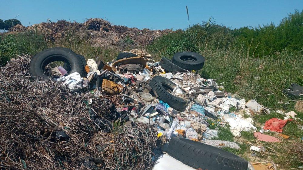 Gazipaşa Belediyesi o mahalleyi çöplüğe çevirdi
