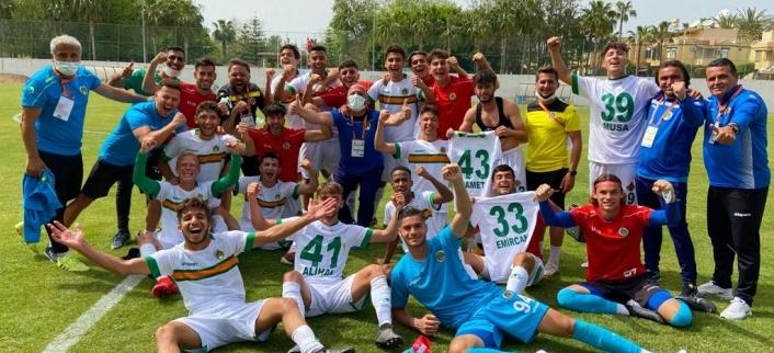 Aytemiz Alanyaspor U19 – H. Yeni Malatyaspor U19 takımını 2-1'lik skor ile mağlup etti