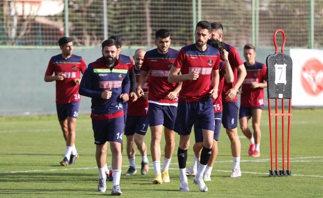 Alanyaspor Fenerbahçe maçı hazırlıklarına başladı