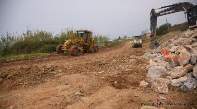Alanya Belediyesi'nden Demirtaş ve Keşefli'ye yeni yol müjdesi geldi