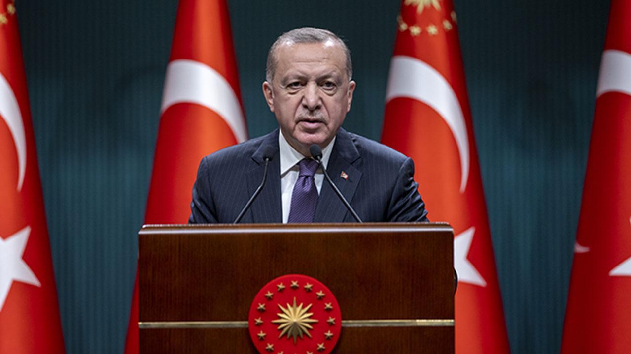 Cummhurbaşkanı Erdoğan: 29 Nisan – 17 Mayıs arası tam kapanmaya geçileceğini duyurdu