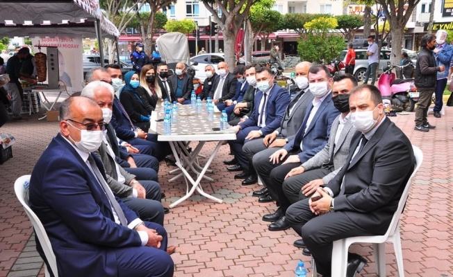 Minik Ahmet için düzenlenen kermese Başkan Yücel ve Toklu da destek oldu