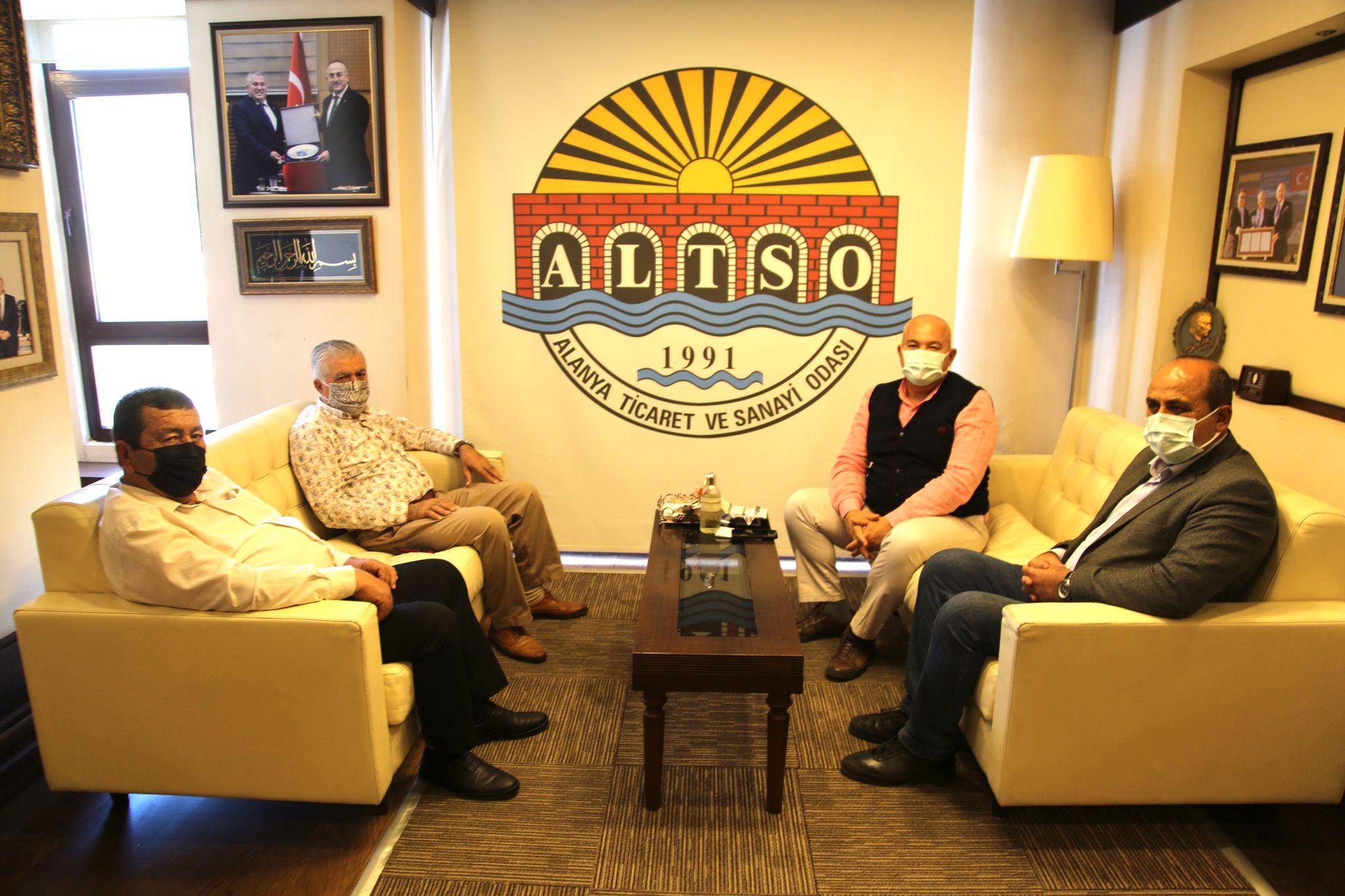 Hal Dernek Başkanları Bir Araya Gelerek Başkan Şahin'e Teşekkür Ziyaretinde Bulundu