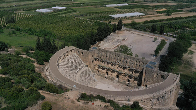 Dünyanın ilgi odağı Aspendos
