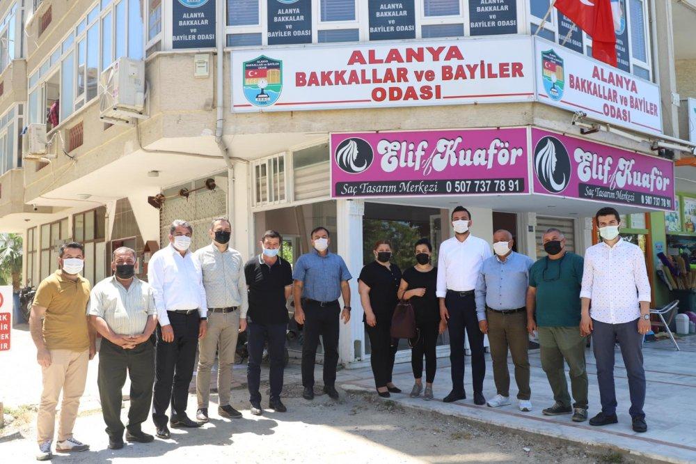 AK Parti'nin yönetim kadrosu oda başkanlarını ziyaret etti