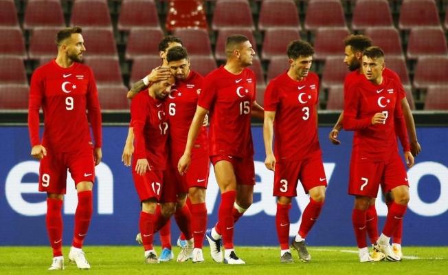 Alanyaspor'un yıldızı Efecan Karaca A Milli Takım kadrosunda yer aldı