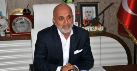 Alanyaspor Başkanı Hasan Çavuşoğlu; direkt futbolculara yapılan transfer tekliflerini çirkin ve seviyesiz bir durum olarak değerlendirdi