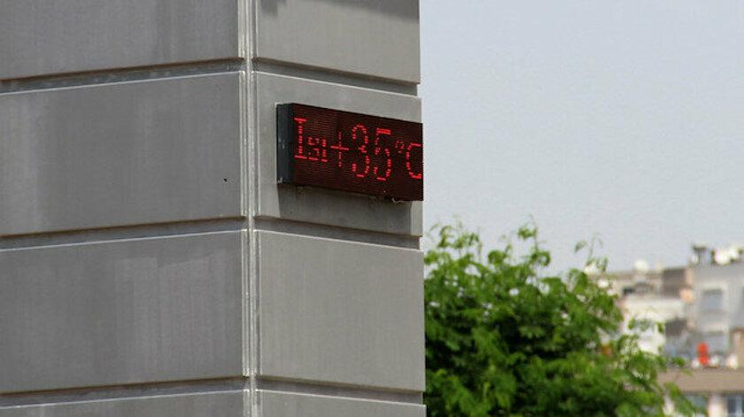 Antalya'da termometreler 35 dereceyi gördü