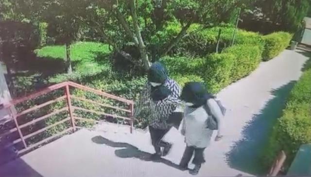 4 kadın hırsız girdikleri evi yarım saat boyunca talan etti
