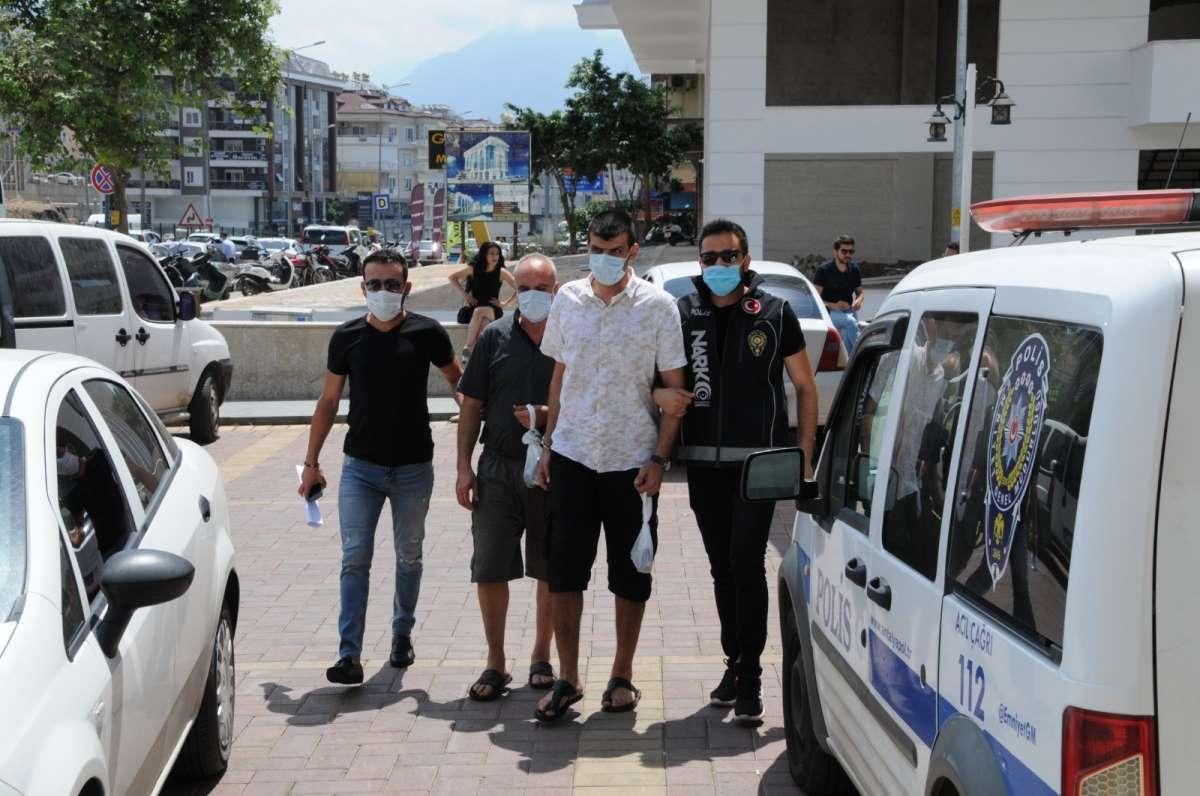 Alanya'da düzenlenen uyuşturucu operasyonunda 2 şüpheli şahıs tutuklandı