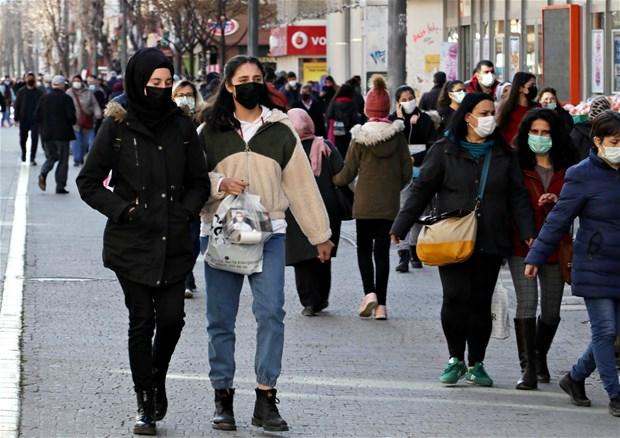 Hafta sonu, cumartesi pazar sokağa çıkma yasakları ile ilgili flaş gelişme!