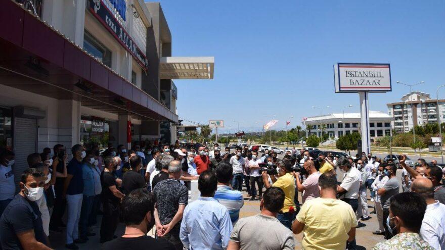 Antalyalı turizm esnafı saat uygulamasına isyan etti