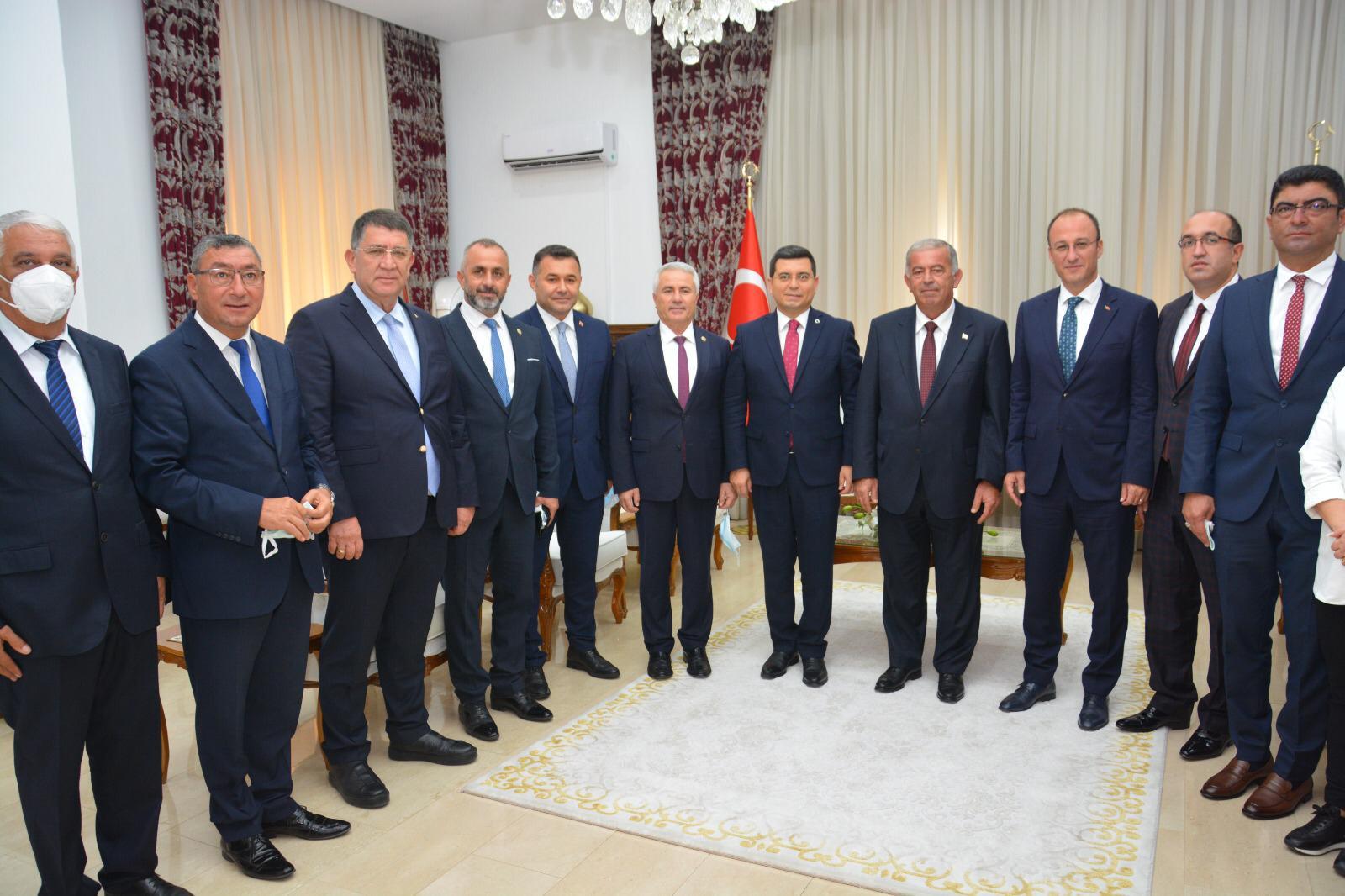 Alanya Belediye Başkanı Yücel 'İşbirliği ve Kardeşlik Protokolü' için Kıbrıs'a gitti