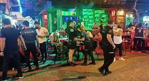 Alanya Polisi Alanya genelinde gece operasyonu düzenledi