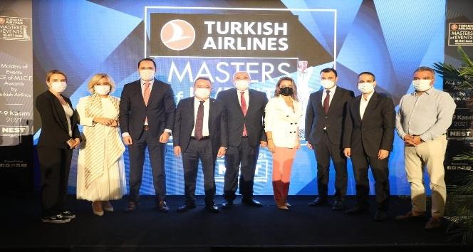 Antalya BŞB Başkanı Muhittin Böcek: 'Turizmcilerimizin emrindeyiz 'dedi