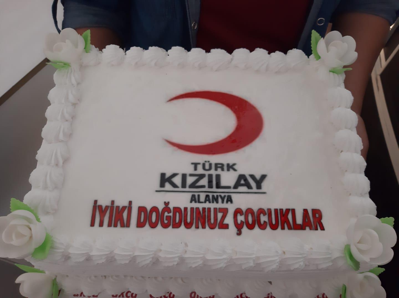 Türk Kızılay Alanya Şubesi farklı etkinliklere imza atmaya devam ediyor