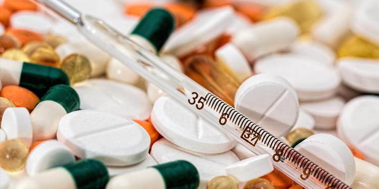 Tüm Eczacı İşverenler Sendikası Başkanı Saydan; (TEİS) ilaçlat daha pahalı olacak